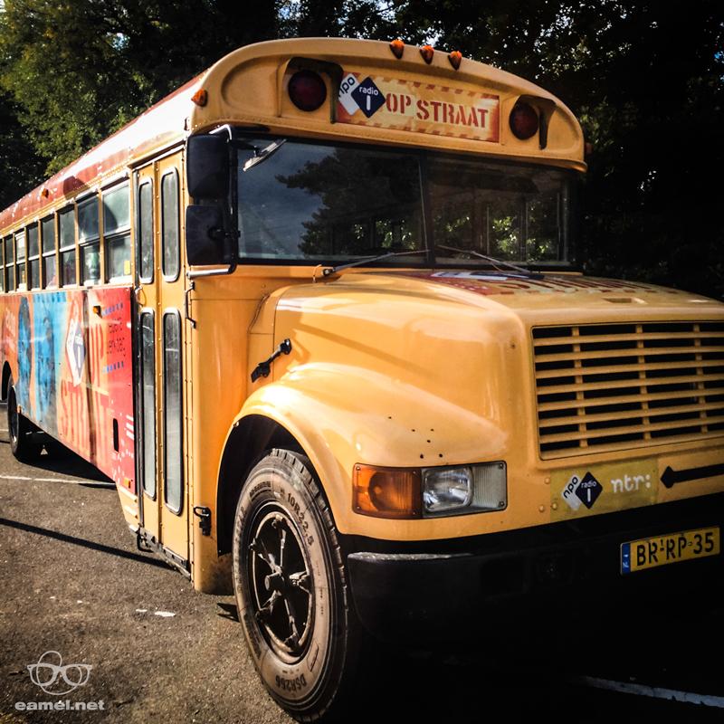 Zomaar een spontane schoolbus op een doordeweekse dag. Gekkigheid allemaal.